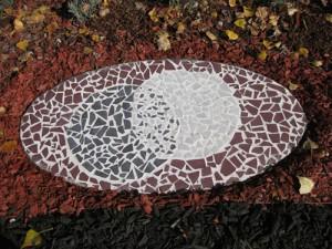 Aboriginal mosaic artwork – Reconciliation Garden